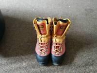 Scarpa cumbri walking boots size 8.5
