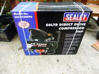 SEALEY AIR COMPRESSOR 50 LTR 2HP MOTOR WITH AIR KIT