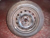 215/60/16 tyre for sale