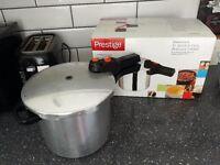 Pressure Cooker (Prestige)