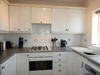 Immaculate 3 bedroom flat in Bethnal Green dss with guarantor accepted