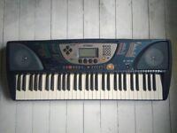 Yamaha PSR-270 electric keyboard with bag/case