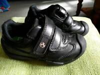 M&S boy's school leather shoes size 9