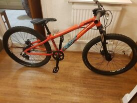 MONGOOSE FIRELINE MOUNTAIN BIKE in brand new conditions.