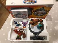 Skylanders Giants - Starter Pack (Wii); plus two extra figures