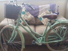 "Victoria Pendleton 19"" Hybrid bike"