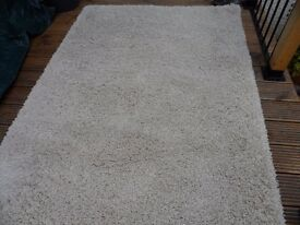 Stunning Natural Coloured Hessian Backed Rug Shag Pile
