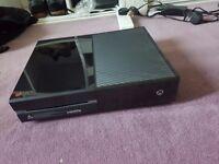 XBOX ONE 500 GB very good condition