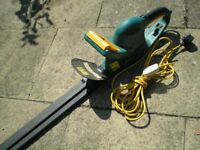 Electric hedge trimmer in very good little used condition