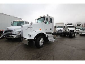 2012 Kenworth T800 suitable for 28 to 30 ft