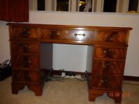 Attractive Reproduction mahogany desk
