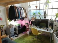 Large, Bright Mezzanine Room available in friendly North London Warehouse + Free Parking