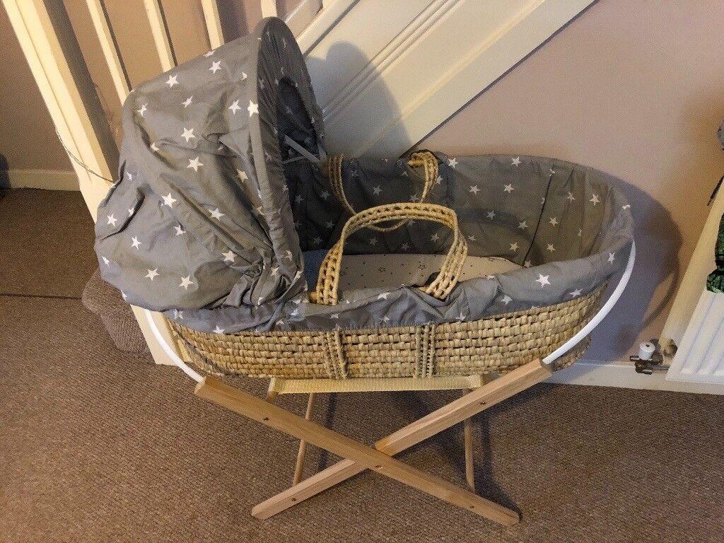 Grey star unisex Moses basket