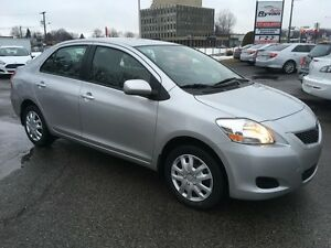 2012 Toyota Yaris A/C VITRES ELECT CRUISE CONTROL 49,000KM
