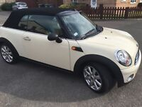 Mini convertible *low Mileage*