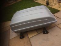 Karite Apollo 550, Lockable weatherproof Car Roof Box.