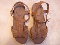 Ladies Timberland Sandals & Wrangler Boots