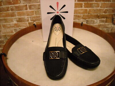 Isaac Mizrahi Raquel Black Canvas & Leather Trim Moccasin Loafer NEW