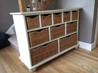 Wooden storage unit with baskets