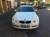 bmw 320i White fully loaded 1 year mot