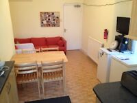 ALL INCLUSIVE LARGE DOUBLE ROOM IN ZONE 2, CLOSE TO TRANSPORT AND 15MINS AWAY FROM THE CITY