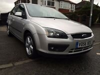 2006 FORD FOCUS-1.6 CLIMATE-5DOORS,2OWNERS,2KEYS,67000 GENUINE MILES,FULL SERVICE HISTORY,ALLOYS