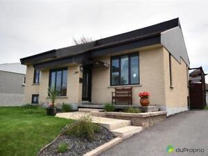 254 000$ - Maison à paliers multiples à Chicoutimi (Chicoutimi