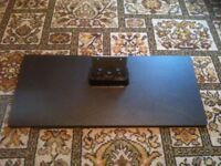 TOSHIBA LED TV (40L1353B) - TV STAND ONLY