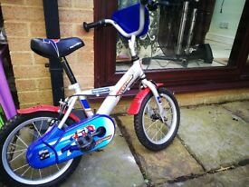 Kids Starter bike with support wheels
