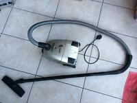 Bargain £5 vacuum cleaner Hoover- Good working order