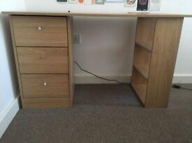 IKEA desk in perfect condition