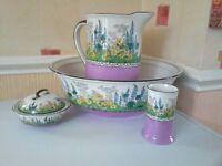 Hedgerow jug and bowl set