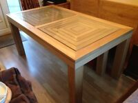 NEW Oak Dining Table, solid wood, removable legs, perfect condition. Genuine reason for sale.