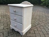 Wooden bedroom furniture set - wardrobe, bedside cabinets x 2 and a chest of drawers