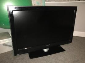 """42"""" LCD PHILLIPS TV"""