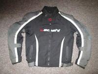 Motorcycle Jacket Like New size XL