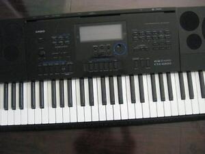 Casio CTK-6200 Portable Keyboard. Song Sequencer. 700 Tunes. USB MIDI. Middle Black Key sticks.