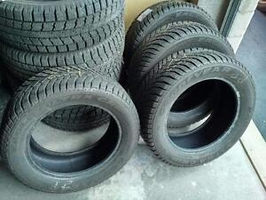 235/55R/17 - GOODYEAR ULTRAGRIP - WINTER SNOW TIRES * MINT SET OF 4 * 235/55R17 BMW X3 CADILLAC CTS FORD ESCAPE COMPASS