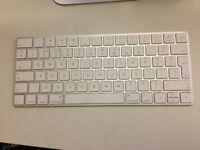 Magic Keyboard - Apple (x3)