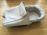 Stokke xplory carrycot in near new condition