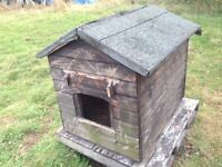 Dog House / Kennel - Good condition