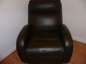 Lazy Boy Brown Leather Suite
