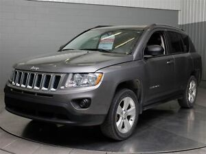 2013 Jeep Compass NORTH EDITION AWD A\C MAGS TOIT