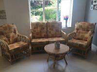 Conservatory suite/wicker furniture set