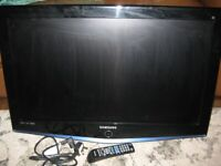 "SAMSUNG 32"" Flat screen TV (USED)"