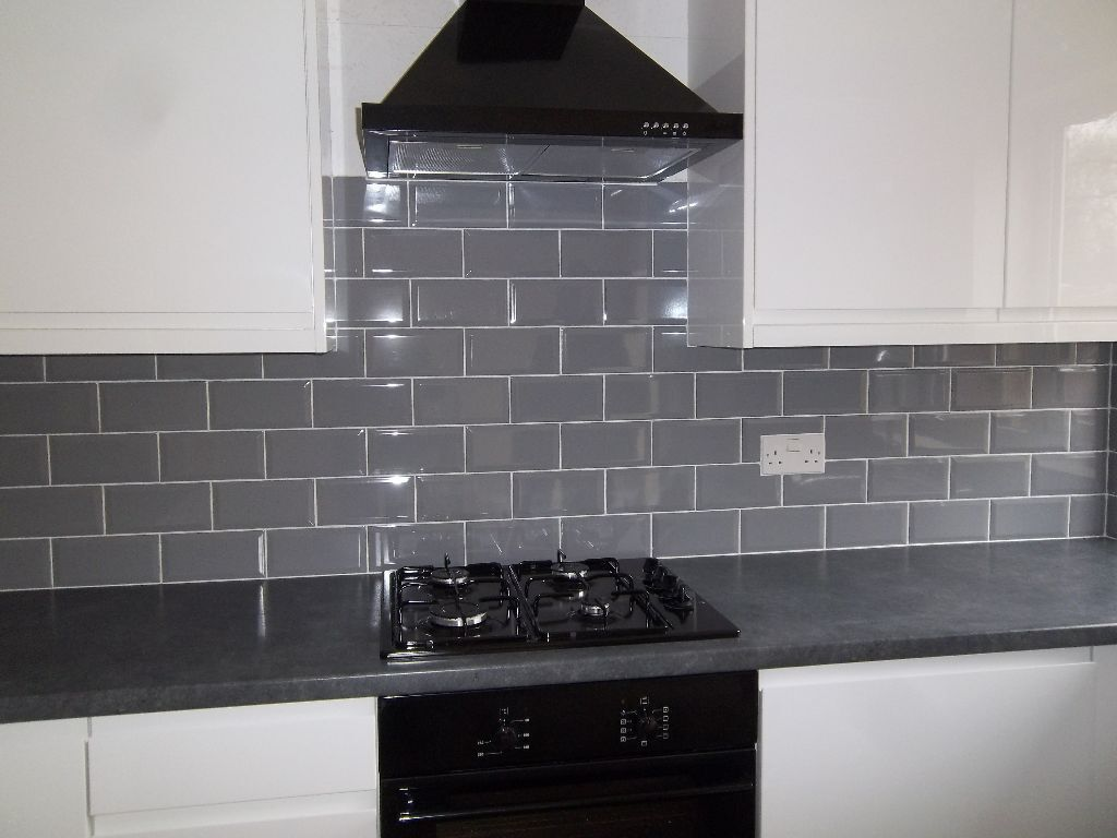 grey kitchen tiles new 3 square meters gloss grey bevelled metro wall tiles 1506