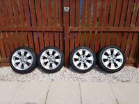 BMW Genuine 17 alloy wheels with run flat tyres 225/45/17