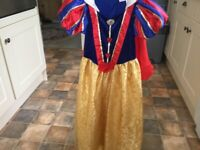 Snow White outfit 7/8 wonderful detail