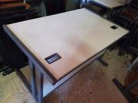 1200 mm light grey office desks