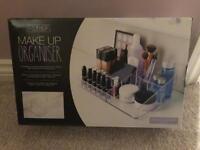 BRAND NEW Make up organiser